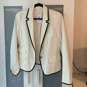 White Blazer with Black Trim, Gap Size 12